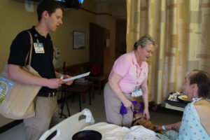 Volunteer working in hospital